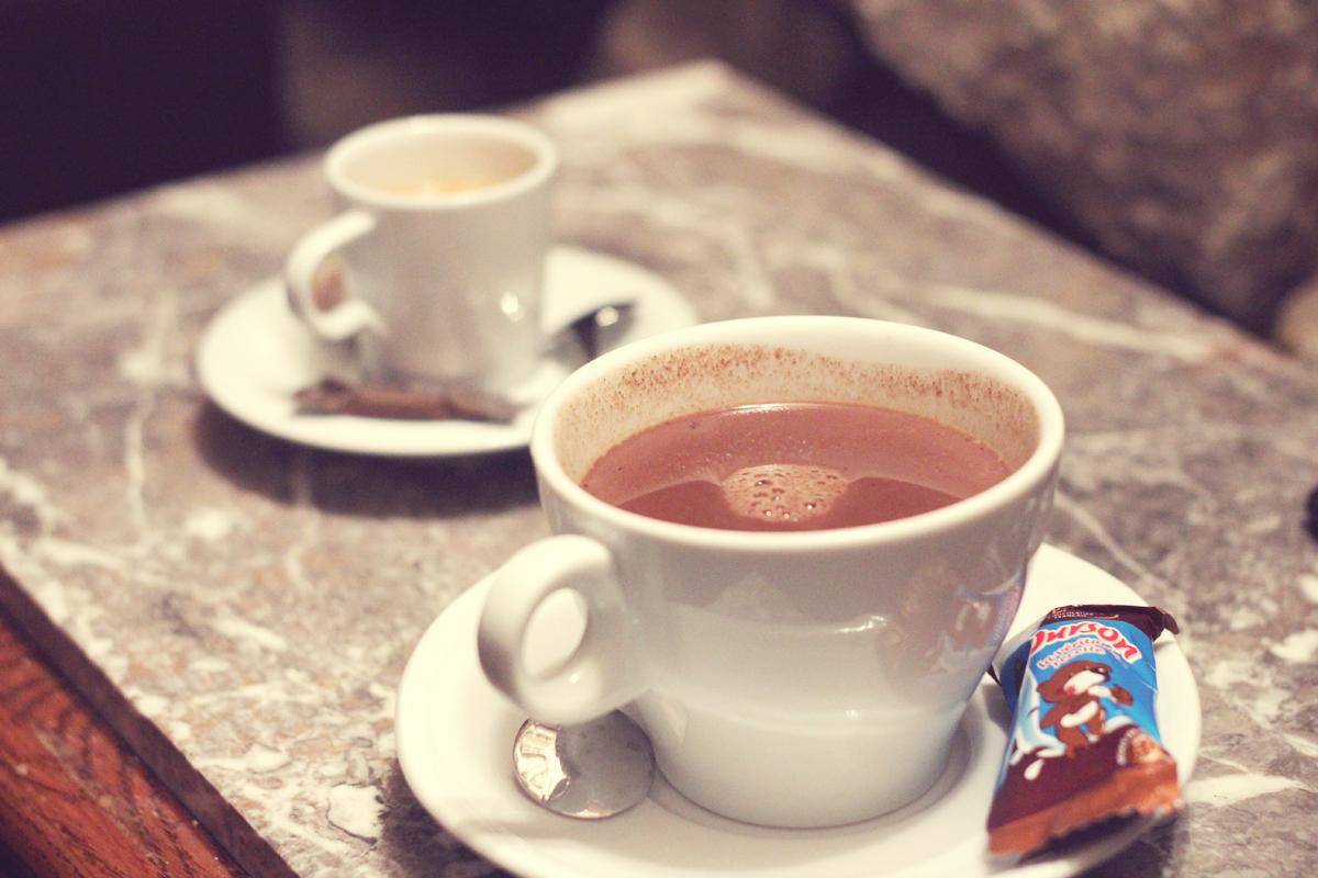 Cafe_des_Chats_01