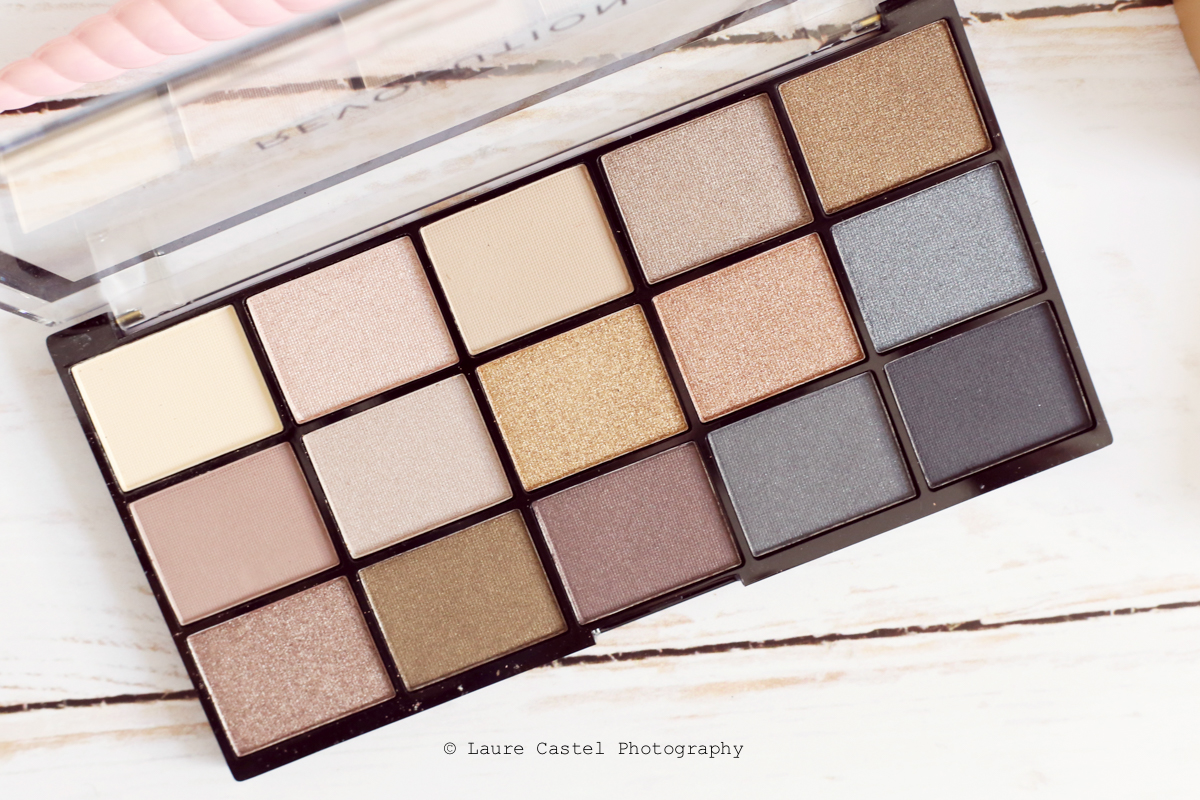 Makeup Revolution Reloaded palette de fards à paupières teinte Smoky Neutrals make-up | Les Petits Riens