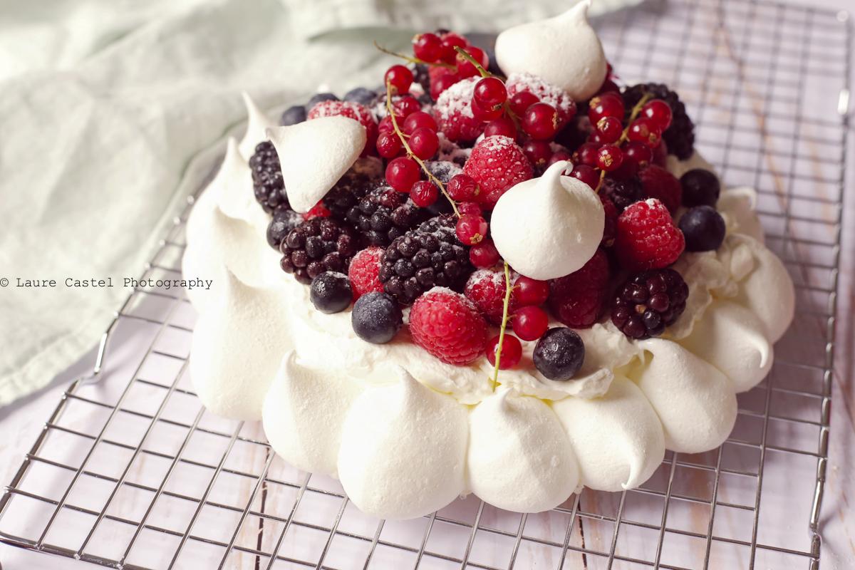 Recette de la Pavlova aux fruits rouges | Les Petits Riens