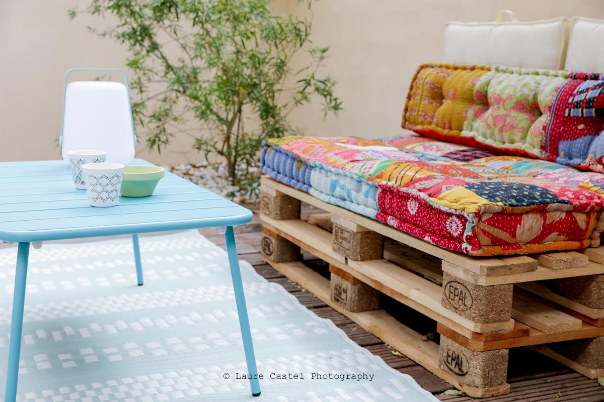 Canapé palette pour terrasse bohème | Les Petits Riens
