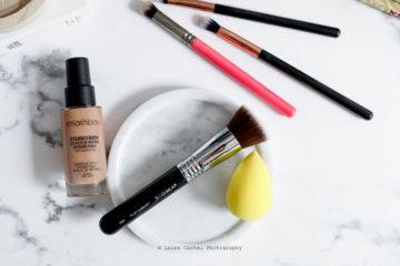 Battle Pinceau à fond de teint versus Beauty Blender | Les Petits Riens